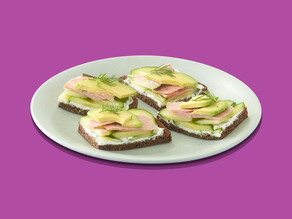 https://spambrand.com.au/recipe/cool-cucumber-avocado-sandwiches/