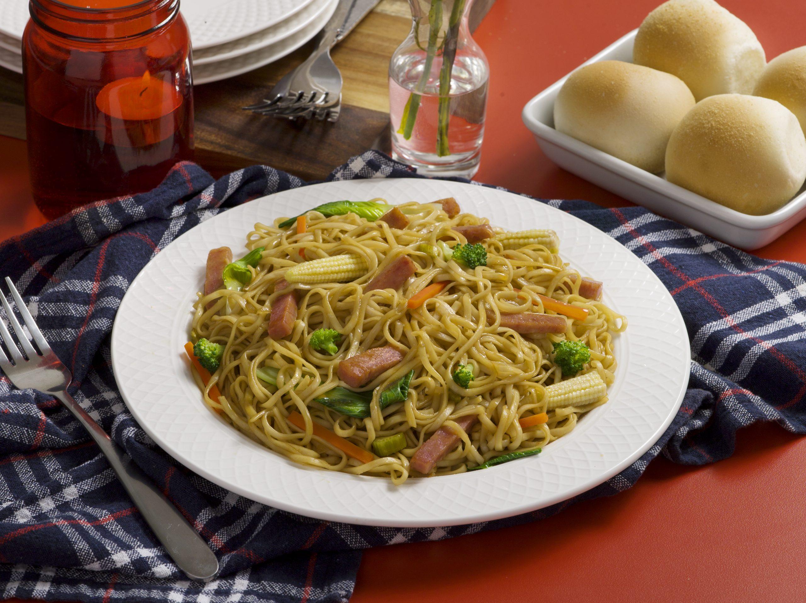https://spambrand.com.au/recipe/spam-canton-noodles/